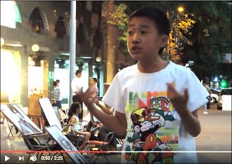 Ташкентский «Бродвей» возвращается к жизни: музыканты играют, художники рисуют, мальчики читают стихи