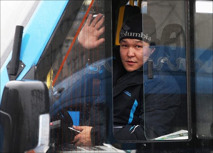 В России тысячи водителей автобусов и такси 1 июня не вышли на работу из-за запрета на иностранные права