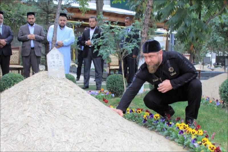 Кадыров встретился спрезидентом Узбекистана