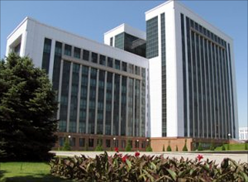 Свыше 500 человек стали жертвами чистки вфинансовой системе Узбекистана