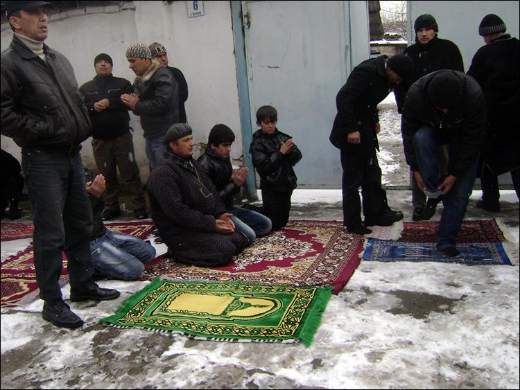 3694 гражданина Таджикистана получали незаконное религиозное образование запределами республики