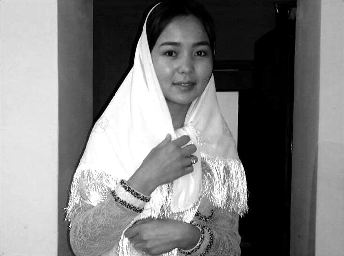 video-domashnee-kirgizskie-devushki-foto