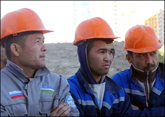 Ўзбекистондан меҳнат мигрантларини хорижга жўнатиш билан бизнес шуғулланадиган бўлди