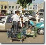 Андижан, возле базара. Фото ИА Фергана.Ру