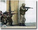Силы правопорядка в Андижане без предупреждения стреляют по мирным жителям