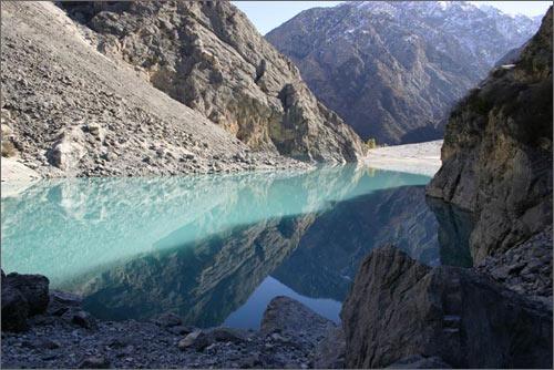 Вид с тропы над озером Курбан-куль