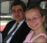 Исполнительный директор Форума узбекской культуры Музаффар Захидов и журналист