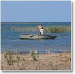 Местные рыбаки на озере Тузкан