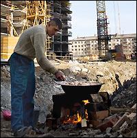 Уральские социологи составили портрет таджикского мигранта и выявили основные проблемы гастарбайтеров