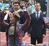 Туркменистан: Почем бесплатное образование в русской школе?