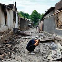 Кыргызстан: До узбеков Ошской области гуманитарная помощь почти не доходит