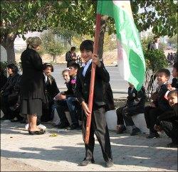 Власти Таджикистана стремятся оградить молодежь от «западного влияния»