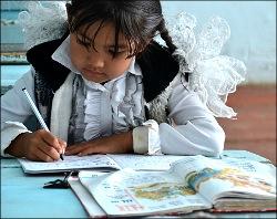 Руки мыть, по-русски говорить. Чему учат в школах на юге Кыргызстана