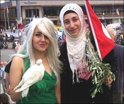 Таксим vs Фатих: Два мира, одно общество?