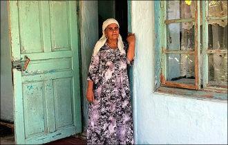 Кыргызстан: Как власти пытались конфисковать единственный дом Азимжана Аскарова