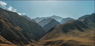 Домолиться до Мекки. Ущелье Пешагор – одно из сакральных мест Узбекистана