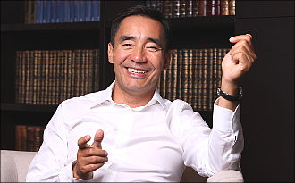 Адил Тойганбаев: «Президент Кыргызстана противопоставляет тюрков, имеющих свою государственность, тюркам в других странах»