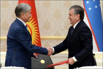Дружба с ускорением. Атамбаев торопится договориться с Узбекистаном обо всем