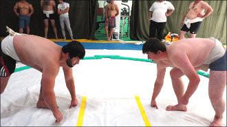 Такэмикадзути и Такэминаката у подножия Памира. О взлетах и падении таджикского сумо