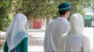 Кому нужны старые жены? В Киргизии опять волнуются