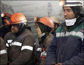 Под землей. В Карагандинской области шахтеры четвертый день не выходят на поверхность