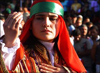 Алевиты, не путать с Асадом. Как живут и во что верят «неправильные мусульмане» Турции
