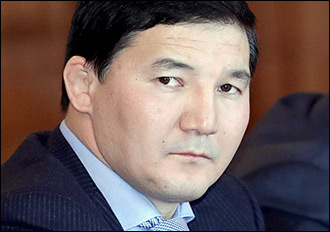Контрабанда vs мандат. Что известно о задержании в Казахстане киргизского парламентария