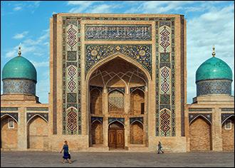 Исламский ренессанс. О попытках Мирзиёева изменить религиозную жизнь Узбекистана