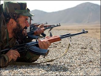 Калашников против М4. Кто вооружает афганских военных и их противников