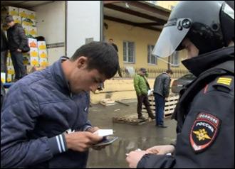 Крайняя Азия. Почему российская полиция чаще других задерживает таджиков, узбеков и киргизов