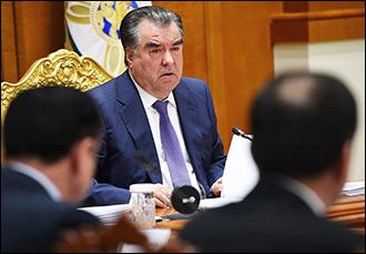Божья роса. Почему в Таджикистане не реагируют на скандалы вокруг чиновников