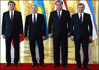 Культовые личности. Как президенты Центральной Азии превращаются в падишахов