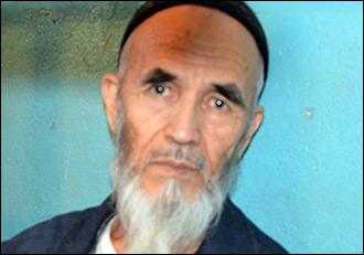 Он еще рисует. Почему власти Киргизии прячут от журналистов Азимжана Аскарова