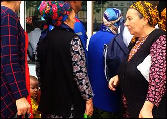 Окорочка всевластия. Почему Аркадагу выгодно полуголодное существование Туркменистана