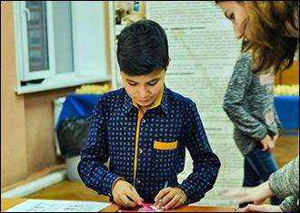 Долой учебники. Реально ли детям мигрантов получить нормальное образование в российских школах