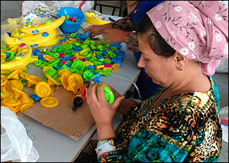 Кому заяц, экологически чистый? В какие игрушки будут играть таджикские дети